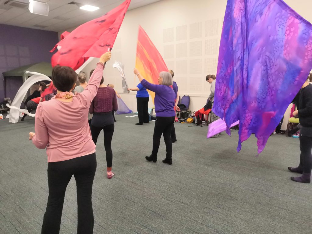 Dancing Free 2020 - flag workshop
